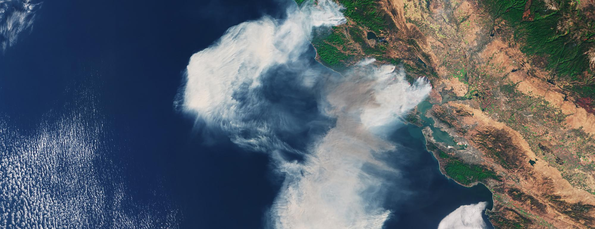 Satellite photo of CA wildfires